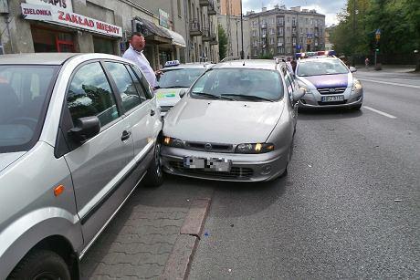 Zderzenie czterech aut na Radzymińskiej