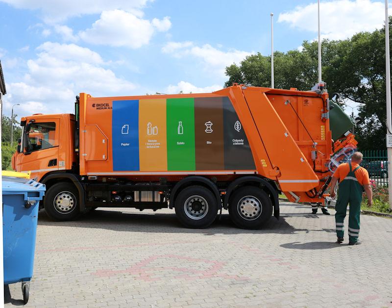 Bezpieczeństwo, ekologia, tania energia - co można zyskać dzięki budowie spalarni odpadów? - wywiad z prof. UAM Włodzimierzem Urbaniakiem