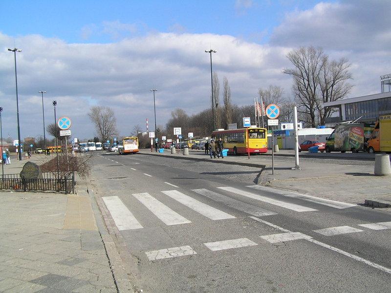 Pętla autobusowa przy Dworcu Wschodnim awaryjnie zamknięta